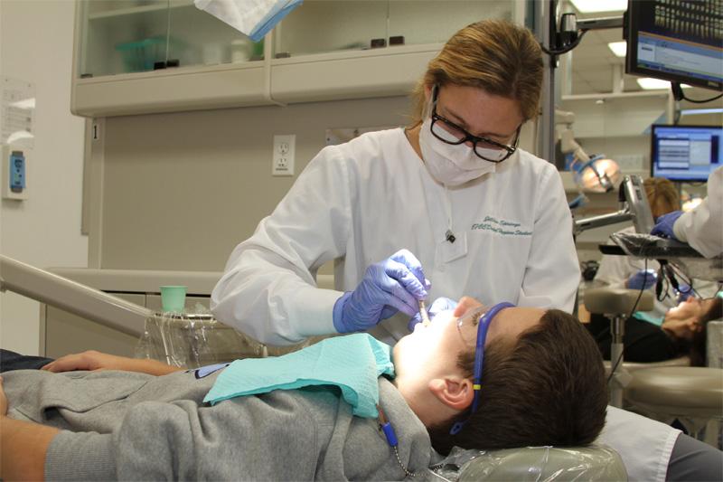 Finding Best Dental Clinic